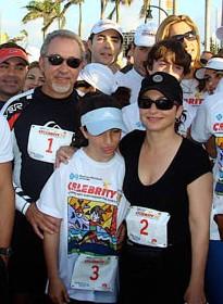 Gloria, Emilio & Tochter Emily bei einer Sportveranstaltung in Miami.